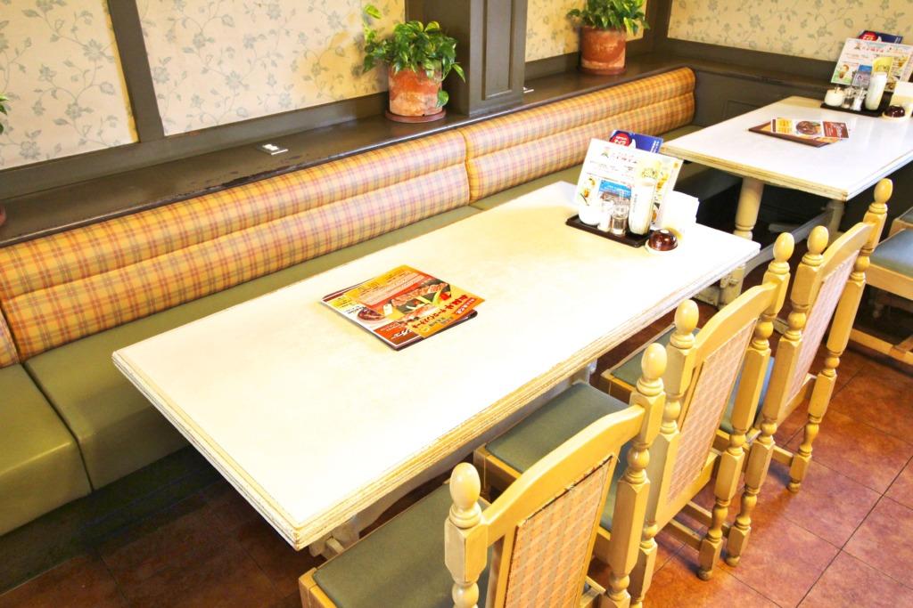 6人テーブル